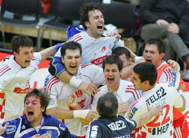You are currently viewing Prijedlog uspješnih i zaslužnih trenera u 2011. za nagrade Udruge trenera HRS-a