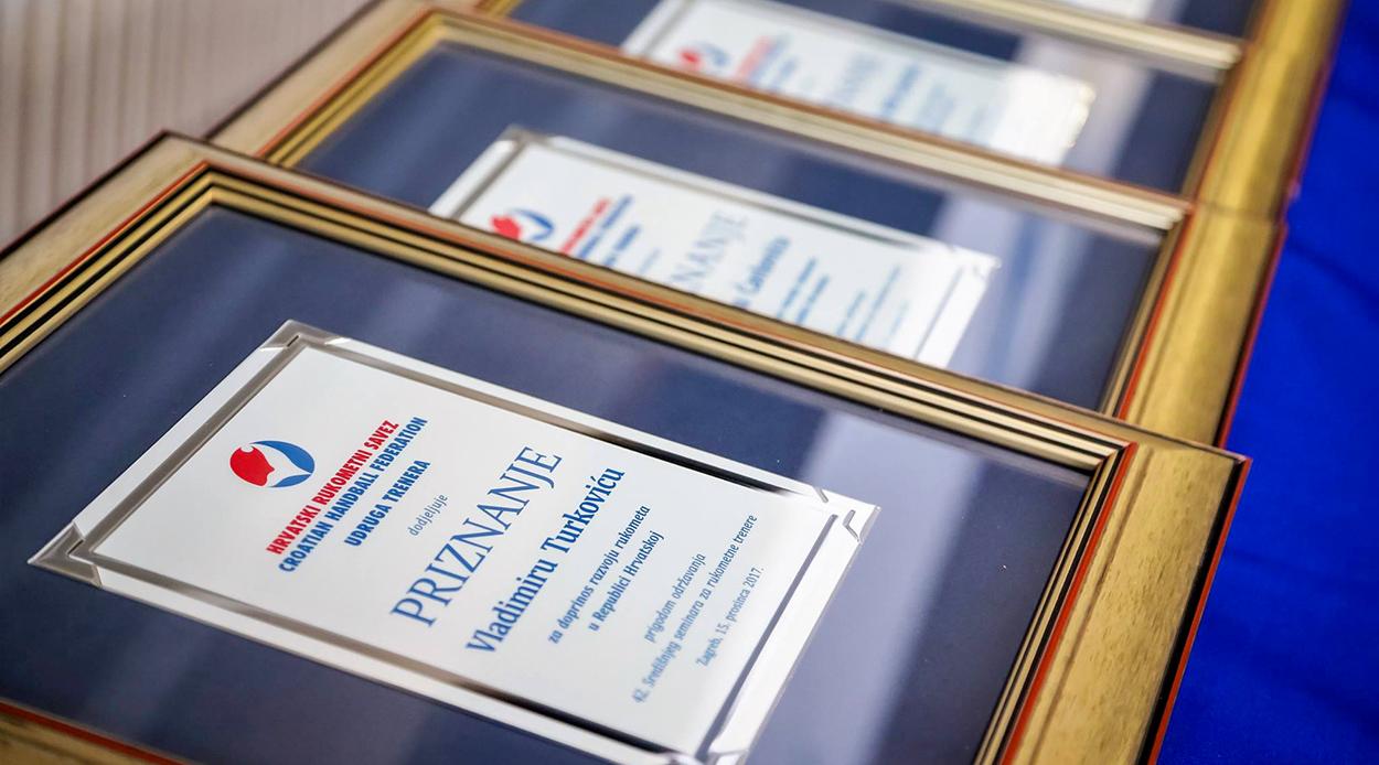 Trenutno pregledavate Priznanja svojim vrijednim, zaslužnim i uspješnim članovima