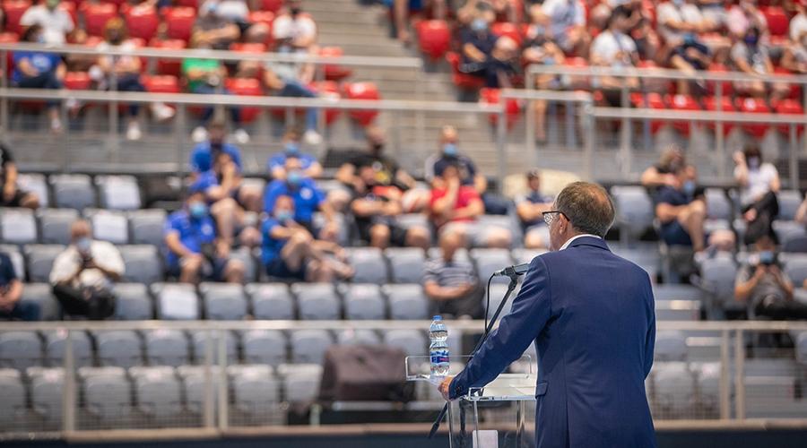 Trenutno pregledavate Predsjednik Udruge trenera HRS-a Lino Červar otvorio 44. Središnji seminar u Poreču